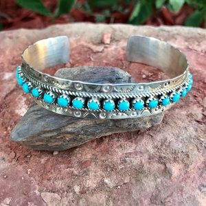 Jewelry - Navajo Sterling Silver Turquoise Cuff